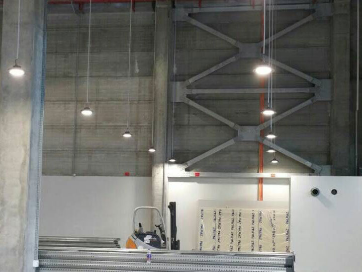 Intelligent high bay lighting in Israel